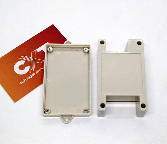 Hộp PLC 82x50x32mm màu trắng